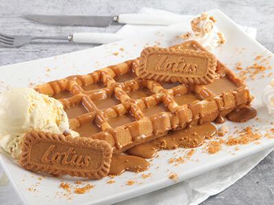 Waffles Lotus + Nutella + Ice Cream