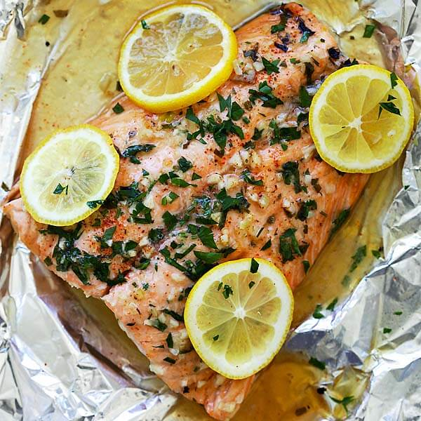 Steak Salmon With Garlic & Lemon