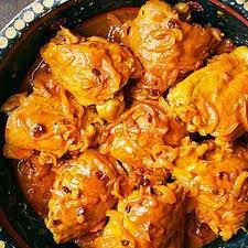 دجاج مع البرتقال واللوز