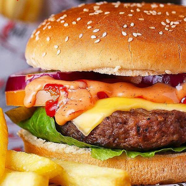 Chili Magnum Burger