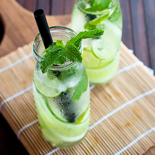 Fresh  Lemon and mint Juice