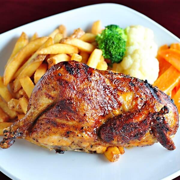 نصف دجاجة + بطاطا + سلطة