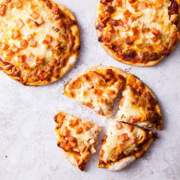 Baby Pizza with Chicken BBQ