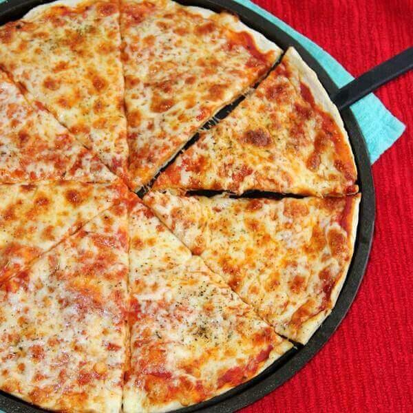 بيتزا جبنة عيمك