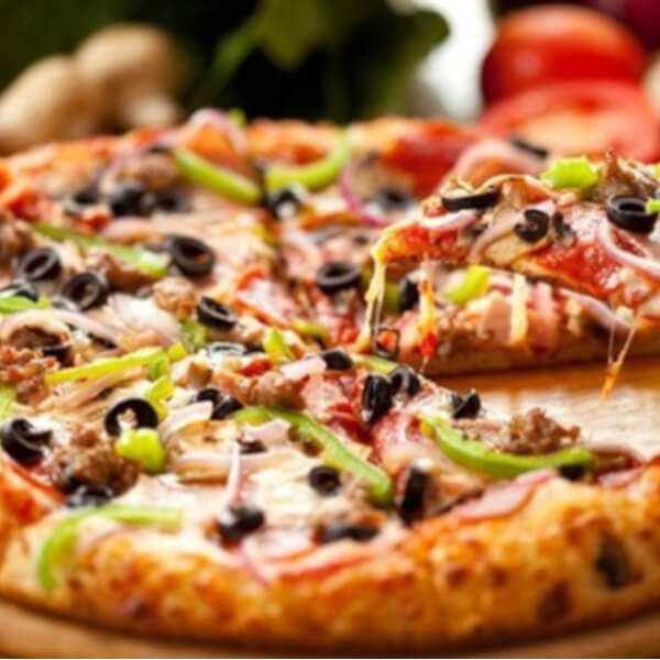 Saj vegetable pizza