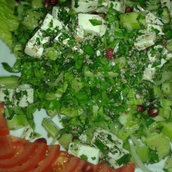 Lettuce salad with nuts + cheese