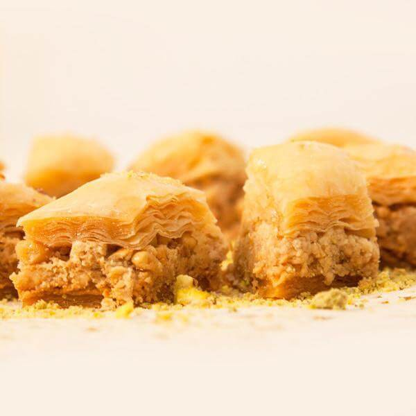 Baklawa with cashew nuts