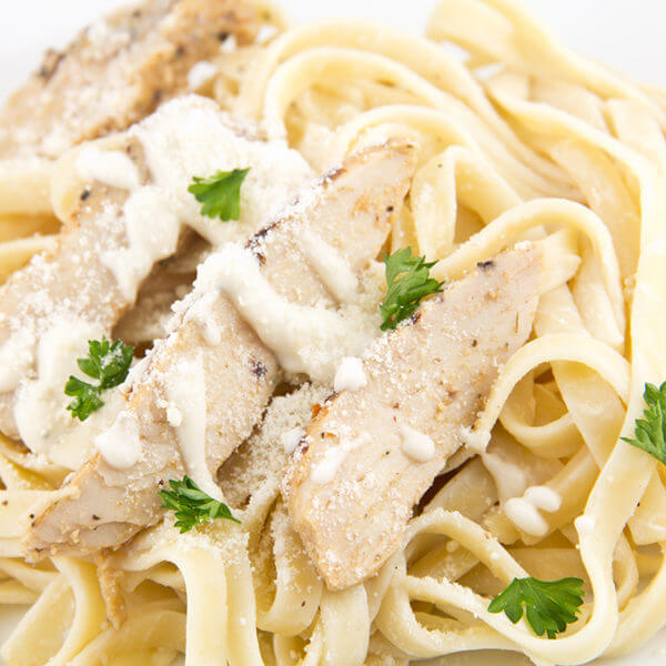 Spaghetti Penny with chicken and white sauce
