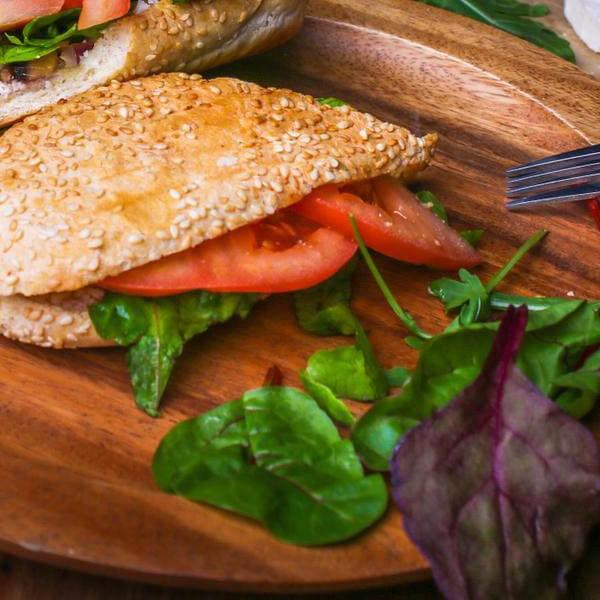 فطر وجبنة بلغارية