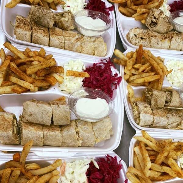 وجبة الشامية مع صوص المثومة
