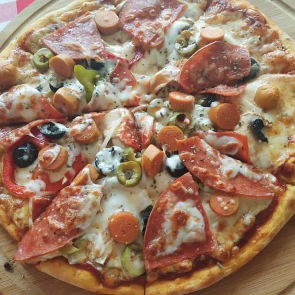 بيتزا سلامي