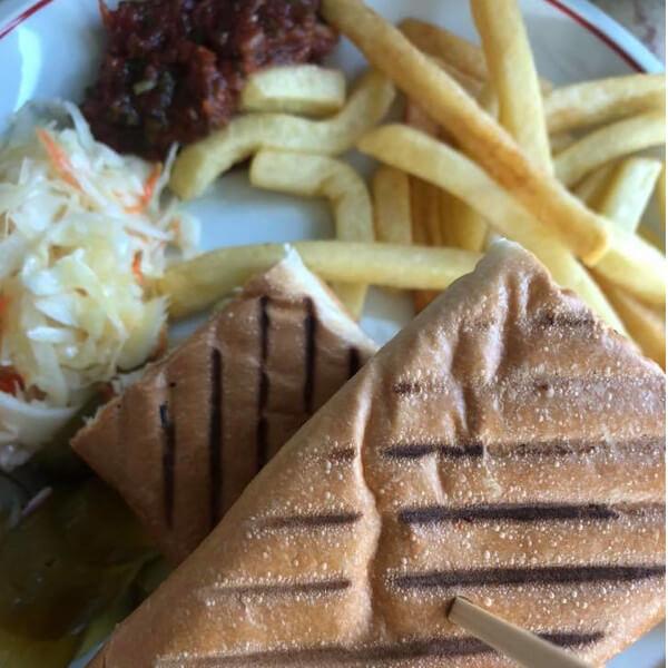 Polo sandwich