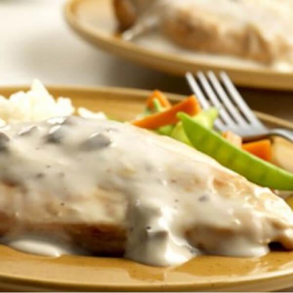 Chicken steak with white sauce