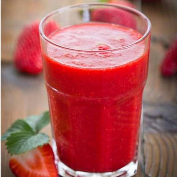 عصير فراولة طبيعي