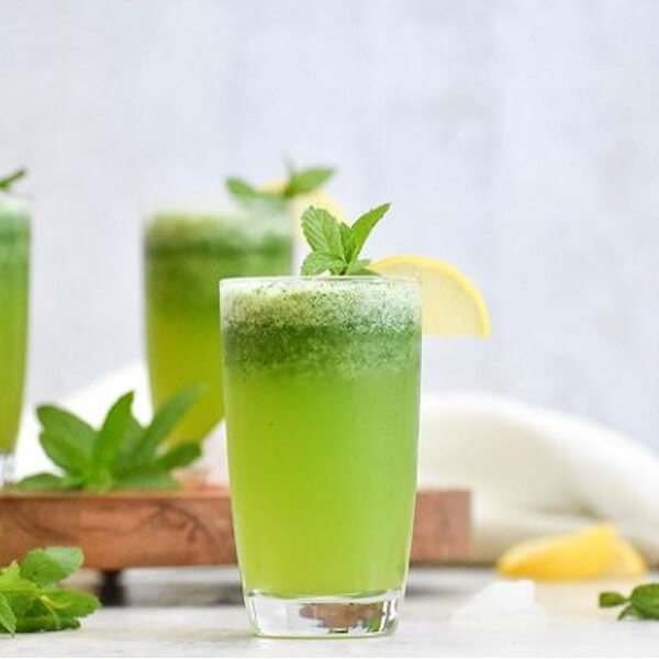 عصير ليمون ونعناع طبيعي
