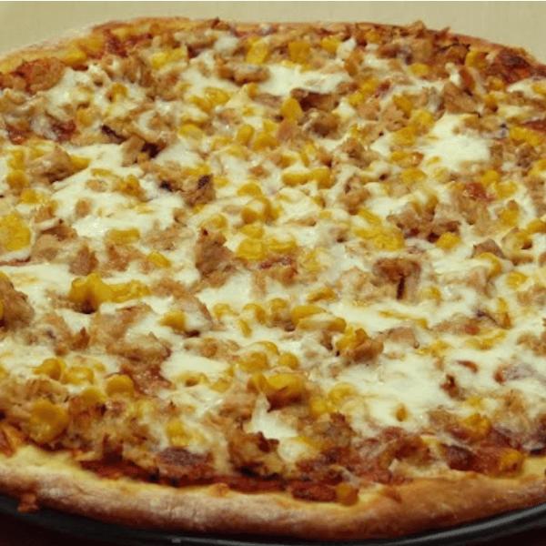 بيتزا بالتونة