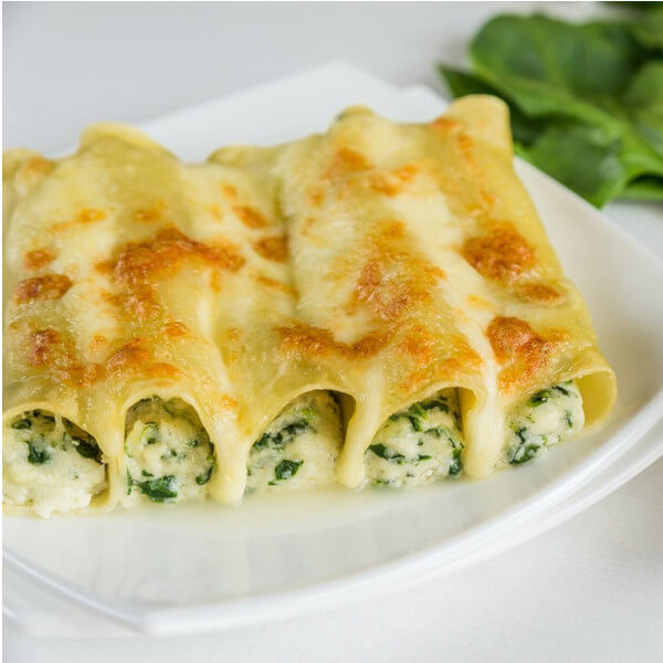 cannelloni stuffed with spinach and ricotta