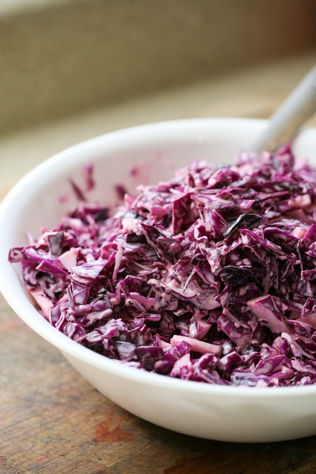 Red cabbage with mayonnaise