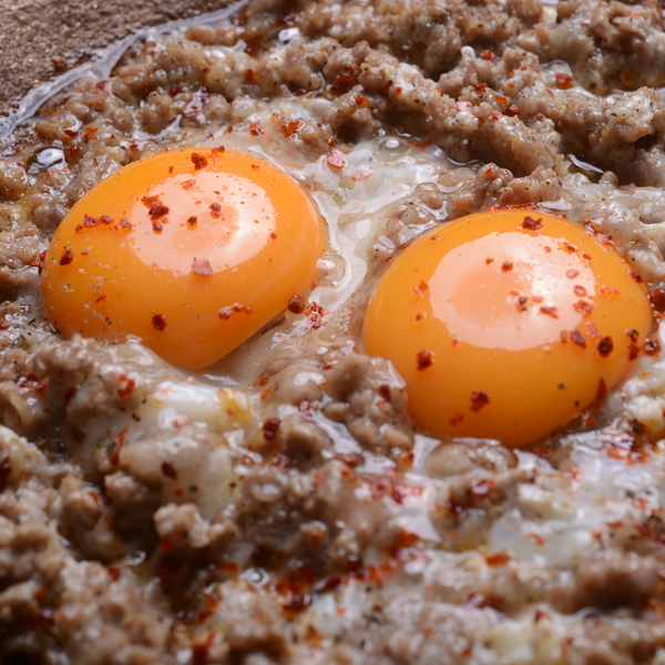 لحمة مع بيض  - يكفي ل 3 اشخاص