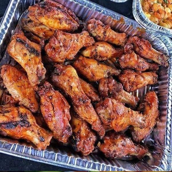 Ten pieces of chicken wings