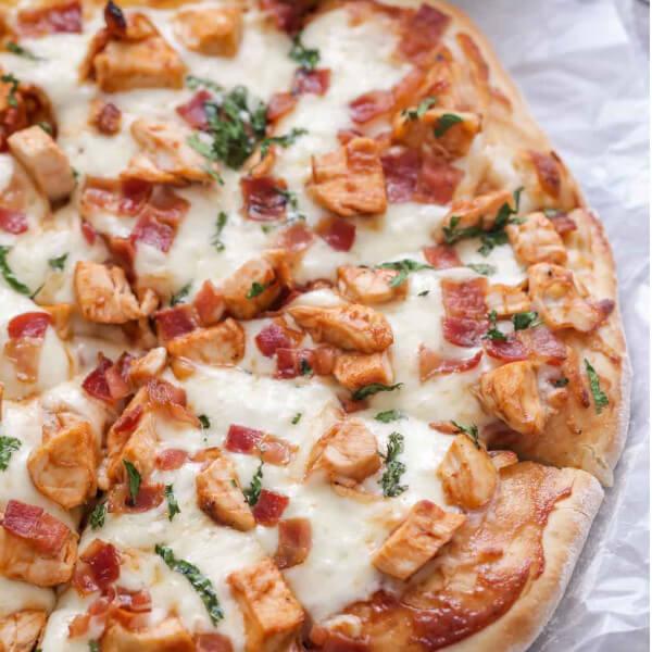 بيتزا باربكيو الدجاج