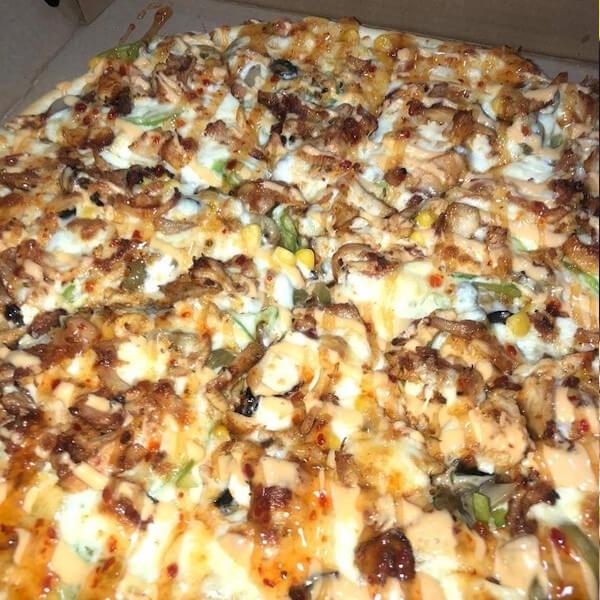 بيتزا باربيكيو دجاج