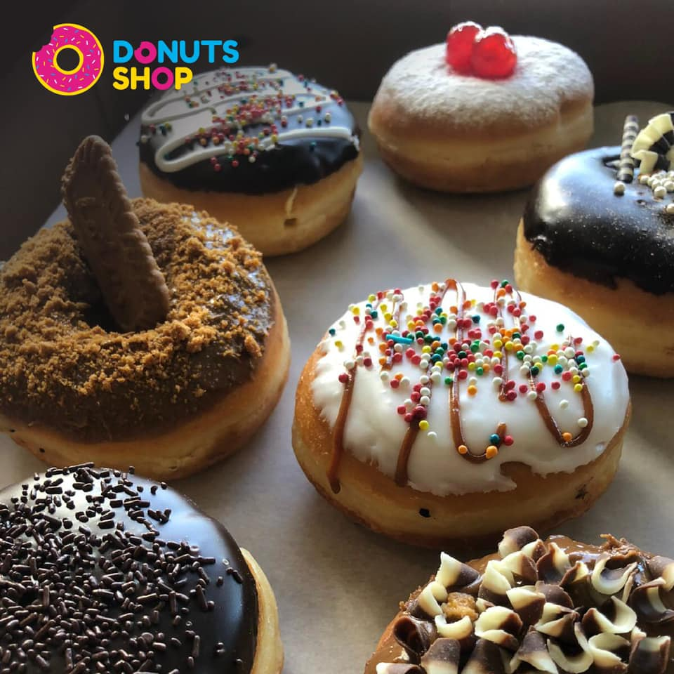 Classic donuts topped with cinnamon