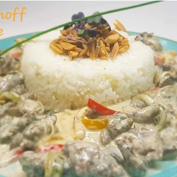 بيف سترجانوف مع ارز