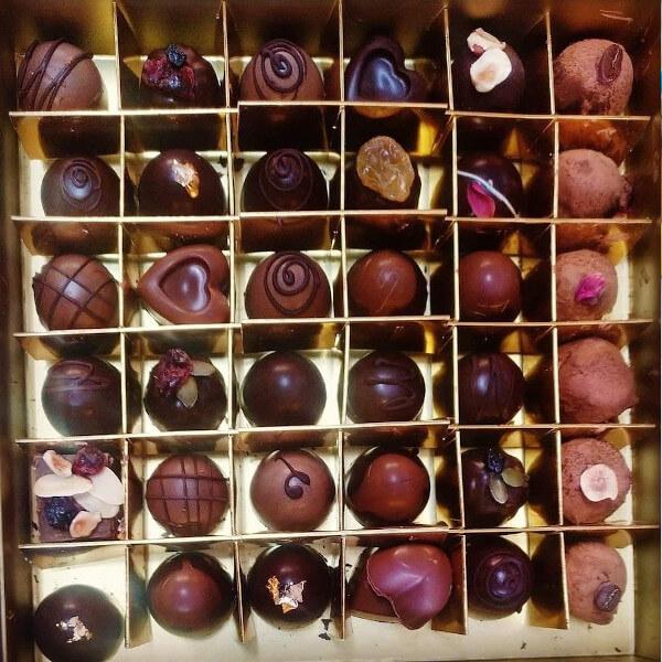 علبة شوكولاتة 36 قطعة