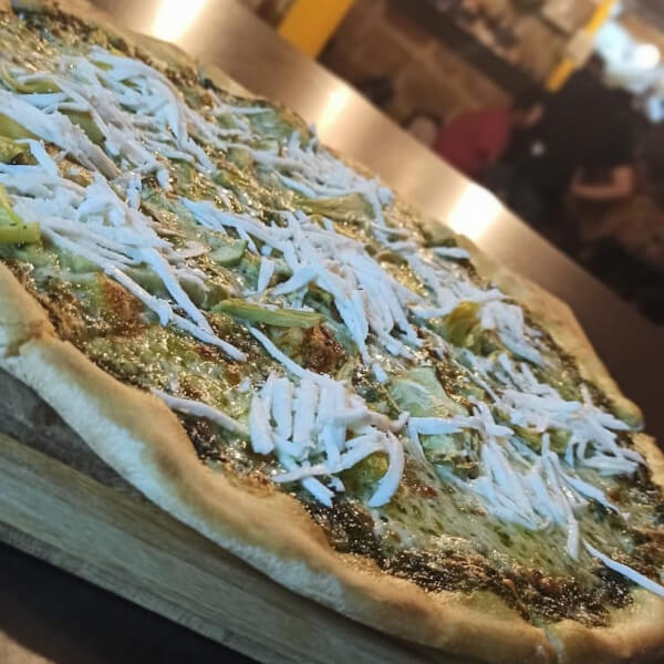 بيتزا خضراء