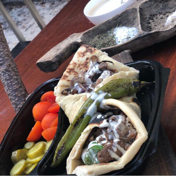 وجبة شاورما صاجية