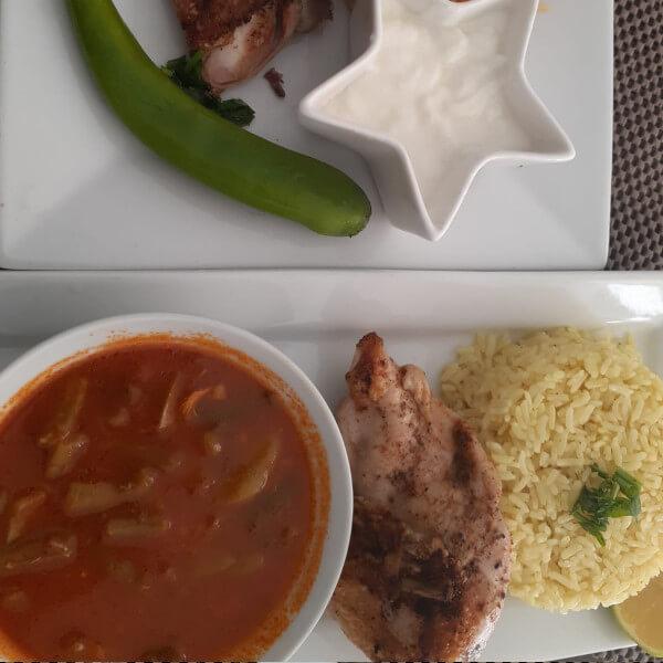 فاصوليا + ارز و دجاج